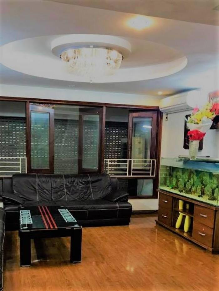 Bán Nhà Gấp ở Thái Hà Q. Đống Đa 63m2 GIÁ: 12,6m2 nhà 6 tầng