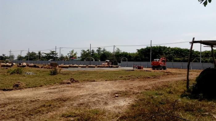 Bán đất gần chợ Long Trường,Mặt tiền đường Trường Lưu, Q9,DT:90m2,17tr/m2
