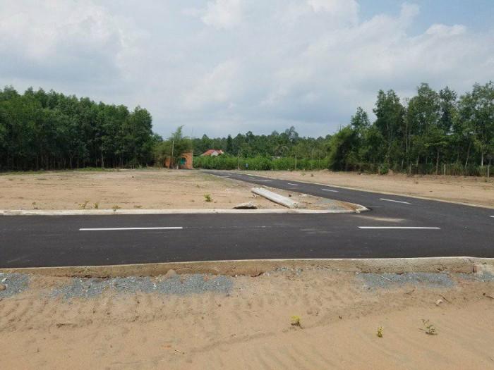 Gia đình sang Mỹ định cư nên cần bán 4 lô đất giá 1.4tr/m2 nền 500m2 sổ riêng gần QL 51, gần trường cđ nghề Lilama