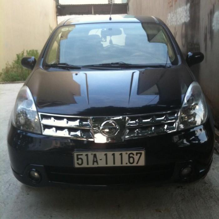 Bán xe Nissan Grand Livina đời 2011, màu đen