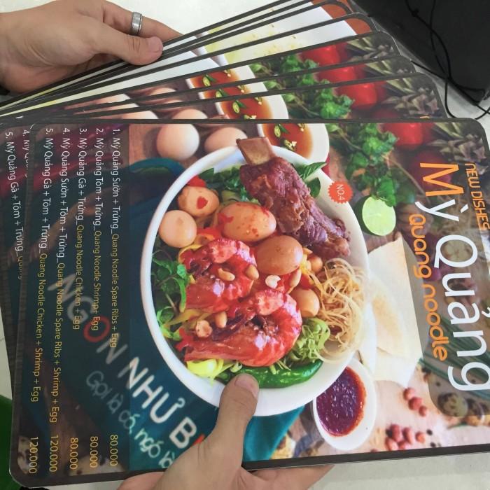 In menu cuốn từ PP cán format cho quán Mỳ Quảng