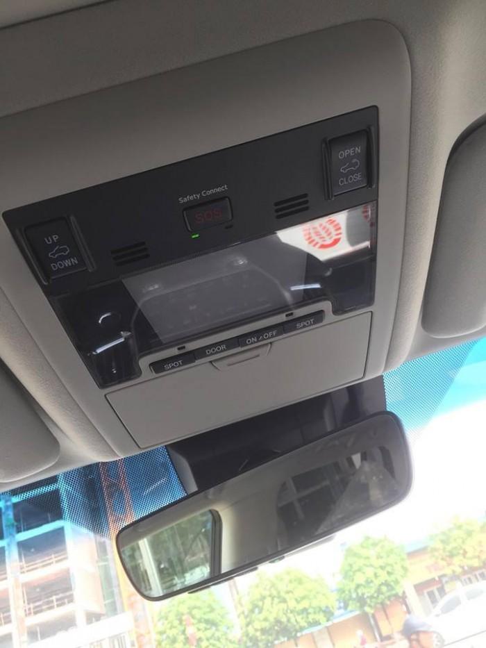 Toyota Landcruiser 5.7 Nhâp Mỹ 2016. Màu đen, nội thất đen 2