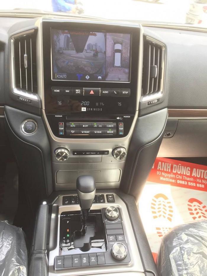 Toyota Landcruiser 5.7 Nhâp Mỹ 2016. Màu đen, nội thất đen 10