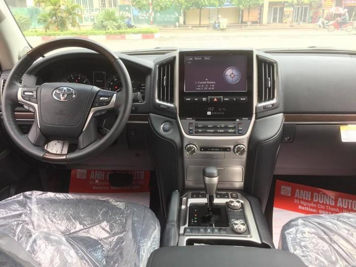Toyota Landcruiser 5.7 Nhâp Mỹ 2016. Màu đen, nội thất đen 11