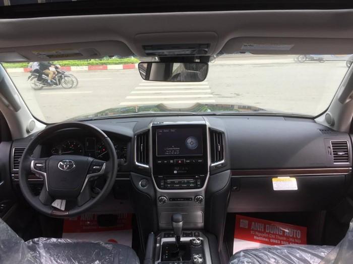 Toyota Landcruiser 5.7 Nhâp Mỹ 2016. Màu đen, nội thất đen 15