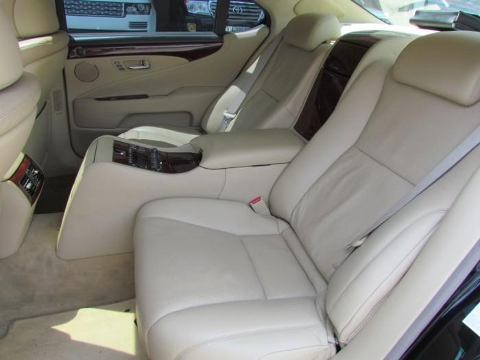 Lexus LS 460L sản xuất năm 2007 Số tự động Động cơ Xăng