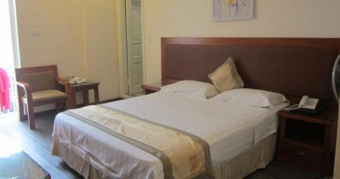 Cần bán nhà nghỉ đường Trần Duy Hưng, Cầu Giấy, diện tích: 89m2