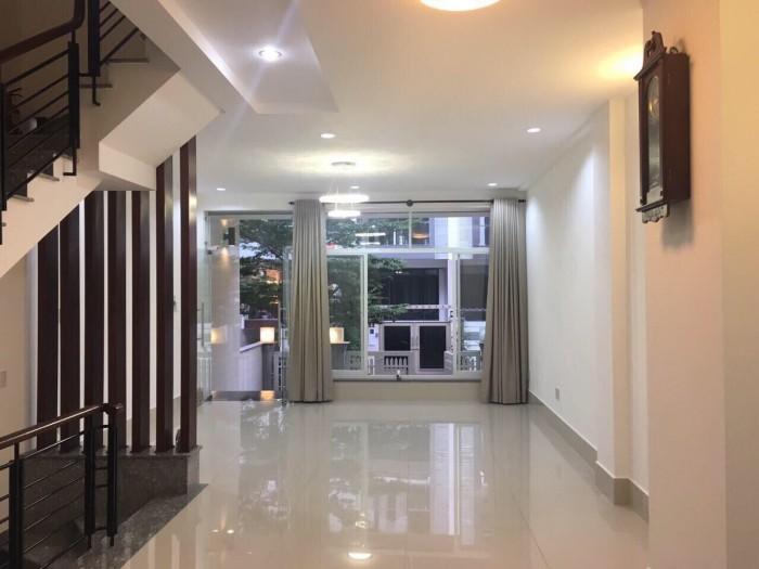 Nhà Him Lam, gần Lotte Q7. 5x20, hầm, 3.5 lầu, giá đầu tư, 12 tỉ. Thương lượng.