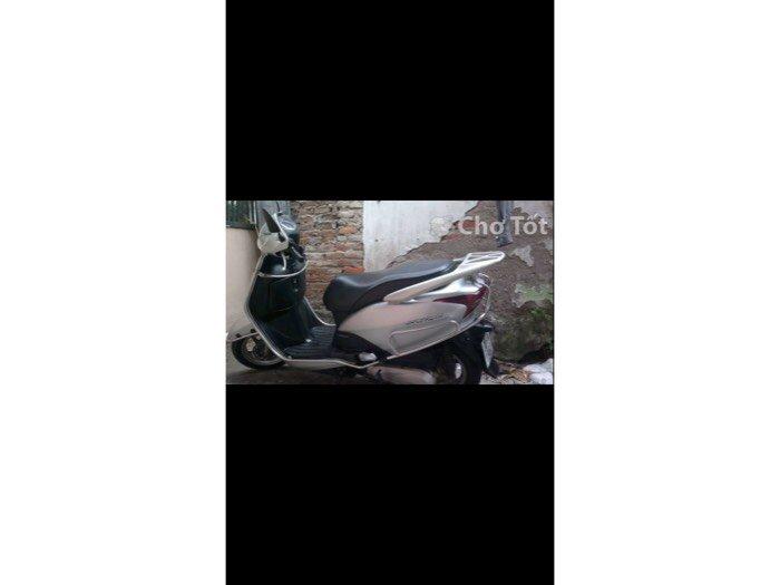 Bán xe scr nữ sử dụng dán keo nguyên chiếc