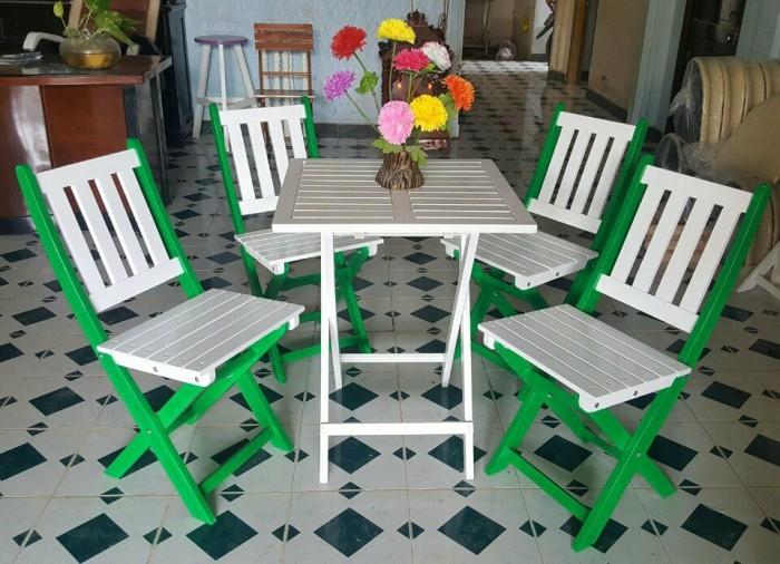 Bàn ghế gỗ sơn màu3