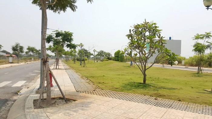 Đất thổ cư giá rẻ tại KCN MỚi ,giá 189 Triệu/nền, cách QL22 5Km