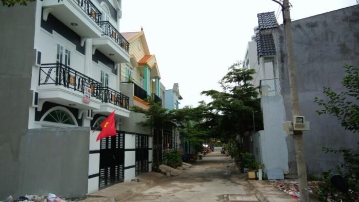 Nhà 3 tầng đường Nguyễn Văn Tạo