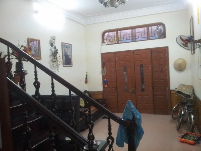 Nhà đẹp phố Phạm Ngọc Thạch  tiện kinh doanh (70m2, mặt tiền 4.1m, ngõ ô tô)