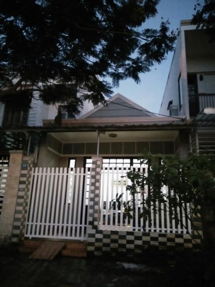 Gia đình có việc bán nhà cấp 4 gác lửng trung tâm TP Đà Nẵng, kiệt đường Lê Duẩn, giá rẻ