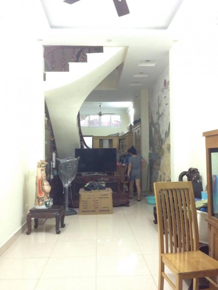 Bán nhà phân lô mặt phố Hoàng Cầu,Võ Văn Dũng dt 60 m2 x 5 t còn mới giá 20 tỷ
