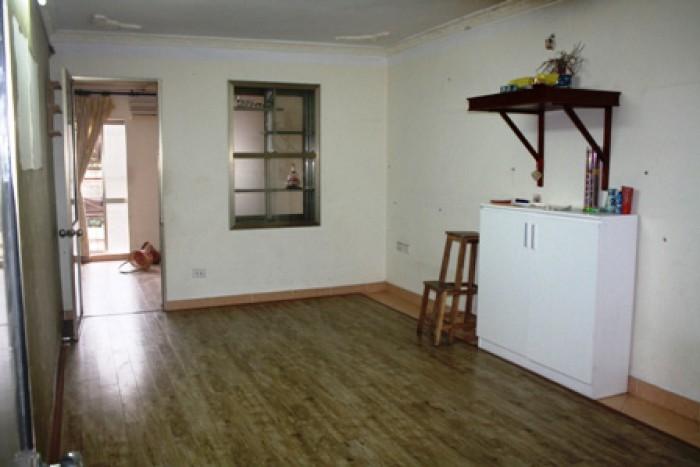 Bán căn hộ tập thể đài 128C Đại La
