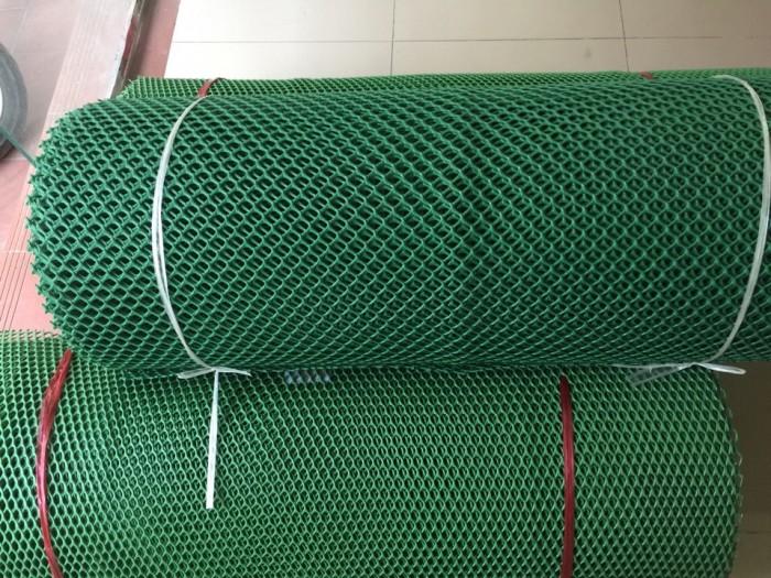 Cung cấp lưới nhựa cứng quây gà vịt , lót sàn cho gia súc vât nuôi trong2