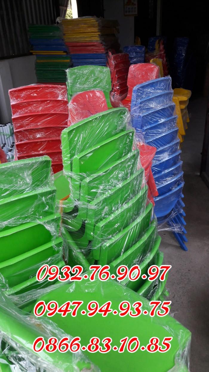 Ghế nhựa đúc nhập khẩu mầm non , các loại ghế tốt3