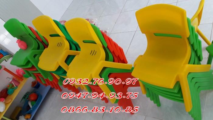 Ghế nhựa đúc nhập khẩu mầm non , các loại ghế tốt4