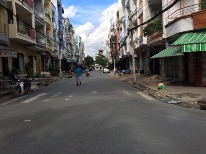 Bán gấp nhà mặt tiền đường Kinh Dương Vương Quận 6