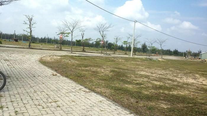 Bán lô góc đất biển Đà Nẵng, Gần phố chợ FPT, Ven con sông du lịch cổ cò