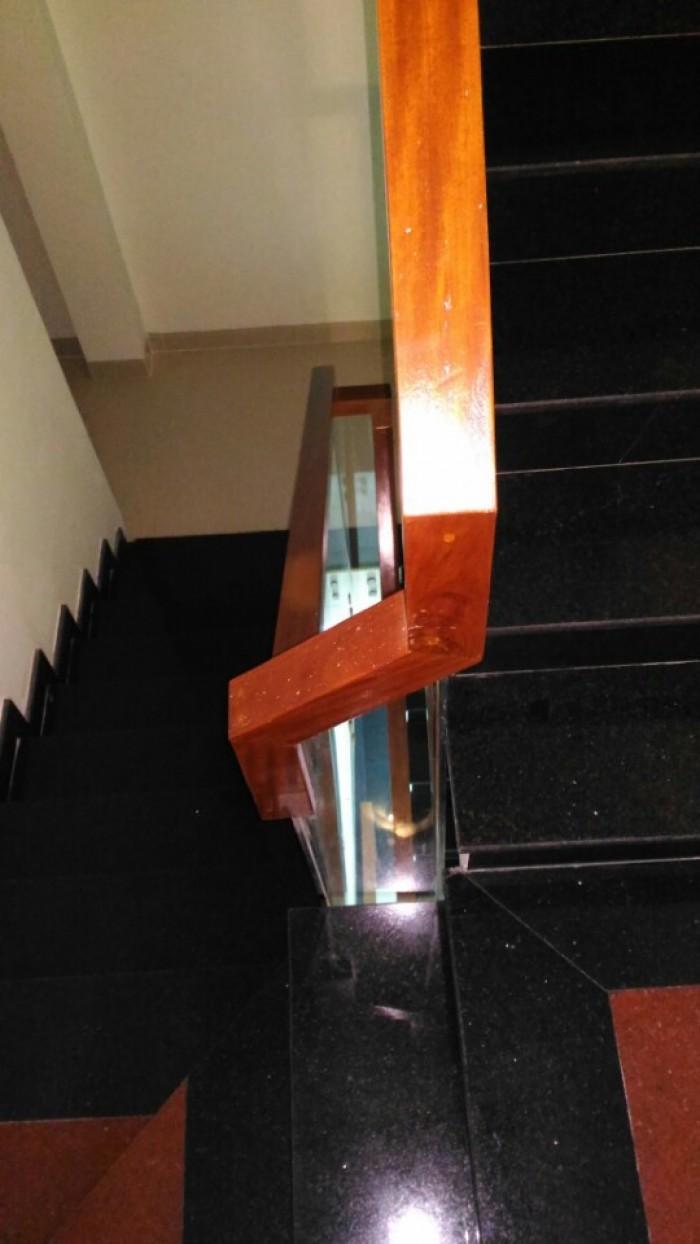 Nhà 3 tấm Tô Ngọc Vân , đường 10m ,ngay UBTX, quận 12
