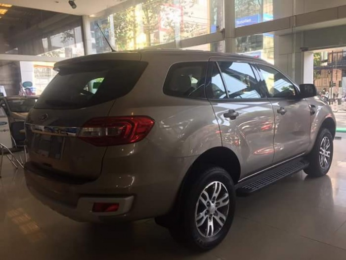Ford Everest Trend Mới  giá sốc ! 1.090.000.000 4