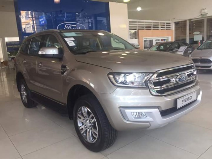Ford Everest Trend Mới  giá sốc ! 1.090.000.000 5