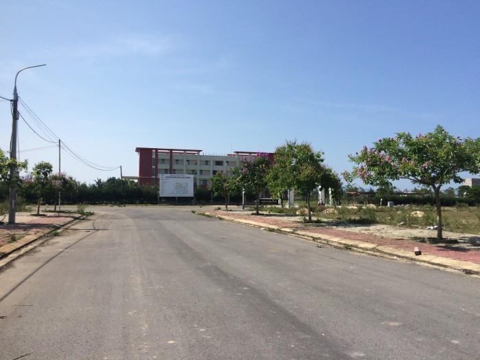 Đất trung tâm làng đại học giá từ 4 đến 7 triệu/m2