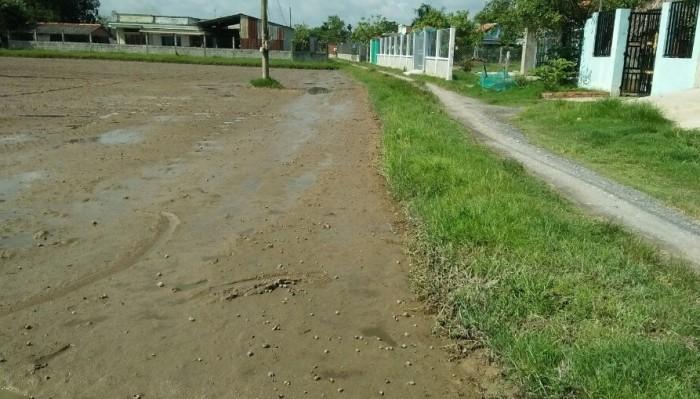 Đất trọ chợ Bình Chánh, XDTD,thổ cư 100m2, SHR