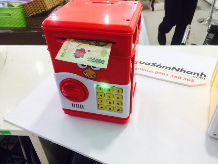 Hướng dẫn sử dụng :  Máy có kèm theo thẻ rút tiền mini và có bộ hệ thống mở khóa cho tiền vào hay rút ra. Bàn phím được thiết kế thông minh máy sẽ tự kêu báo động khi nhập sai mã pin hoặc để máy hoạt động quá lâu.3