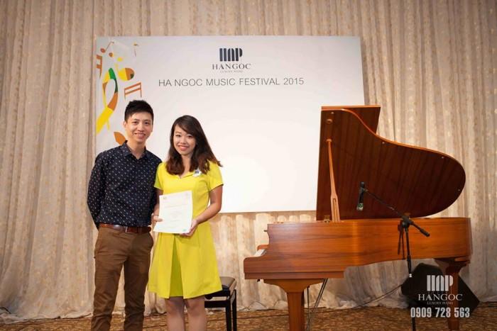Trung tâm Hà Ngọc Chiêu sinh các lớp nhạc: Piano,Guitar,Thanh Nhạc tại Quận 11,Quận Bình Thạnh giá 350k/tháng.