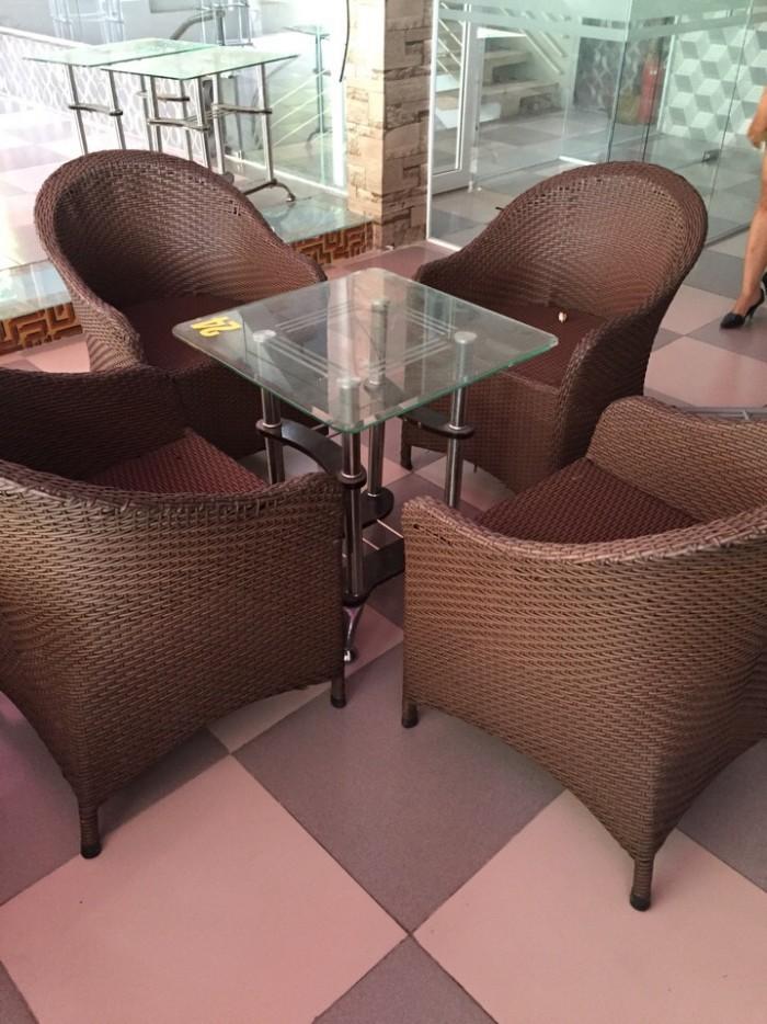 Cần thanh lý ghế cafe, sofa, kiểu sang trọng chất liệu nhựa giả mây dùng cho quán cafe1