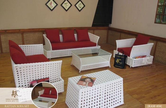 Cần thanh lý ghế cafe, sofa, kiểu sang trọng chất liệu nhựa giả mây dùng cho quán cafe2