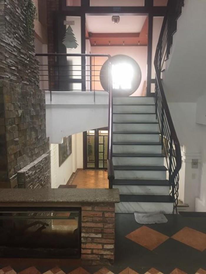 Nhà Trần Đình Xu, kinh doanh cho thuê 40m2, 2 lầu 1 sân thượng, 6PN, giá 3,7 tỷ.