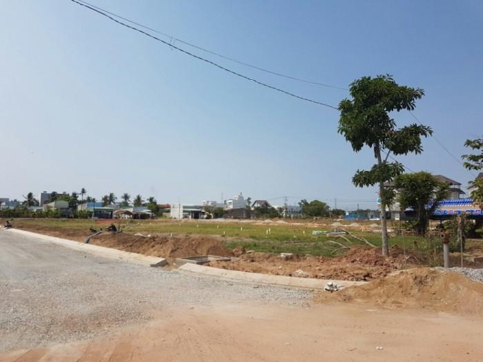 Bán gấp lô góc đối diện chợ Đại Phước liền kề Trung tâm thương mại cách TPHCM 3km