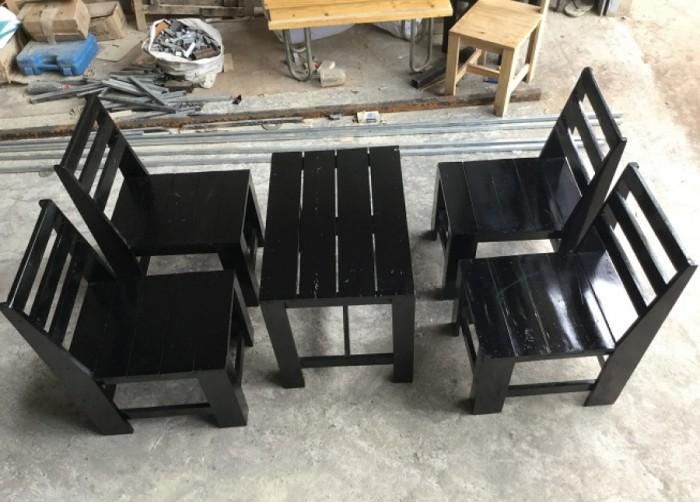 Ghế gỗ quán ăn quán nhậu cà phê trà sữa dành cho khách nhí