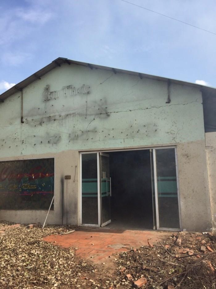 Cho thuê nhà xưởng diện tích900m, Phường Hiệp Thành, Quận 12