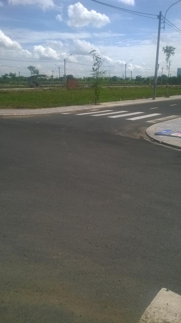Bán đất liền kề Làng Đại Học Q9, cách UBND phường Long Phước 500m