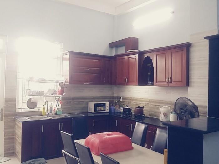 Bán nhà để lại nội thất đường 160, Tăng Nhơn Phú A, quận 9