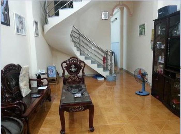 Bán gấp nhà đẹp hẻm xe hơi 3 lầu đường Hoàng Sa, phường Đa Kao, Quận 1. DT : 4m x 14m. Giá 13,9 tỷ
