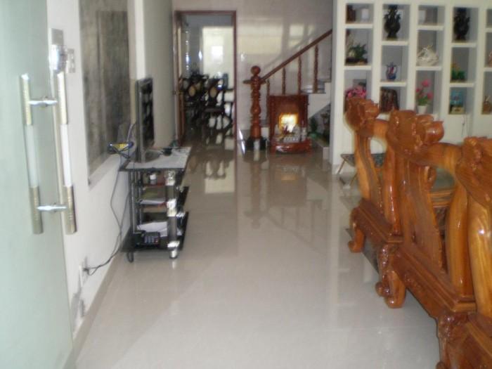 Nợ ngân hàng cần bán gấp nhà đẹp HXH 5.6m Hoàng Sa, P. Đa Kao, Q1. DT: 4m x 13.8m. Giá 13.3 tỷ.