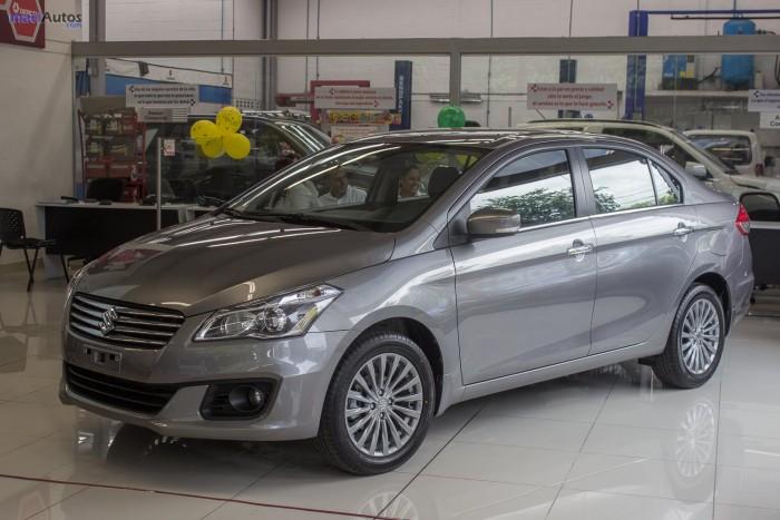 Suzuki Ciaz sản xuất năm 2017 Số tay (số sàn) Động cơ Xăng