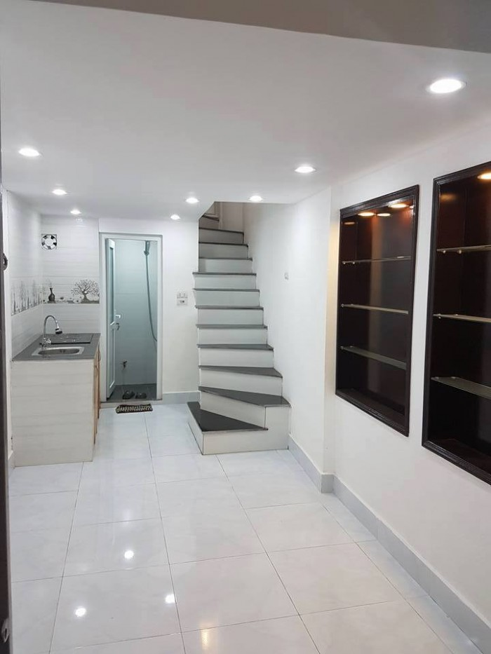 Bán nhà Phúc Tân, quận Hoàn Kiếm, nhà nhỏ xinh giá 1.68 tỷ.