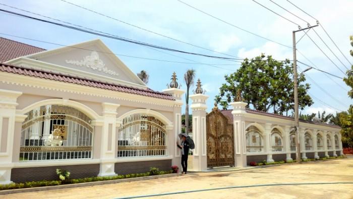 Bán đất mặt tiền đường đại lộ Hùng Vương 32m,Hòa Long ,Bà Rịa.