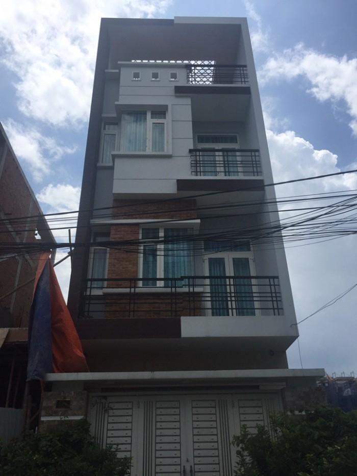 Bán nhà Nhà Bè, DT 5x20m, 3 lầu, sân thượng,gaza xe hơi. Giá 5 tỷ