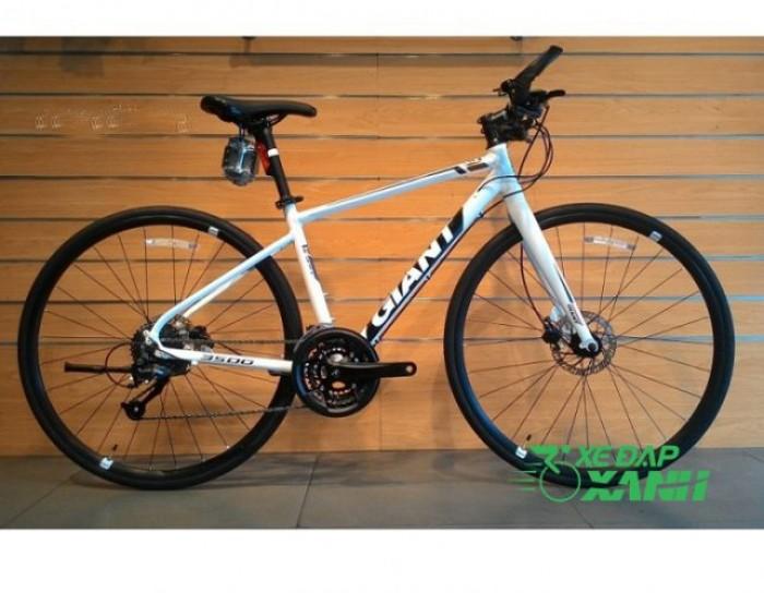 Xe đạp Giant FCR3500 trải nghiệm tốc độ tuyệt vời