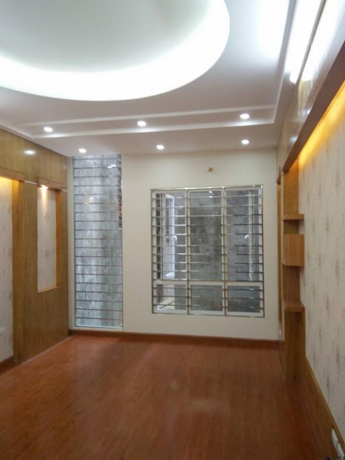 Bán Gấp Nhà Yên Lãng -Thái Thịnh 42 m2 x 4,5 tầng , giá 5,9 tỉ .