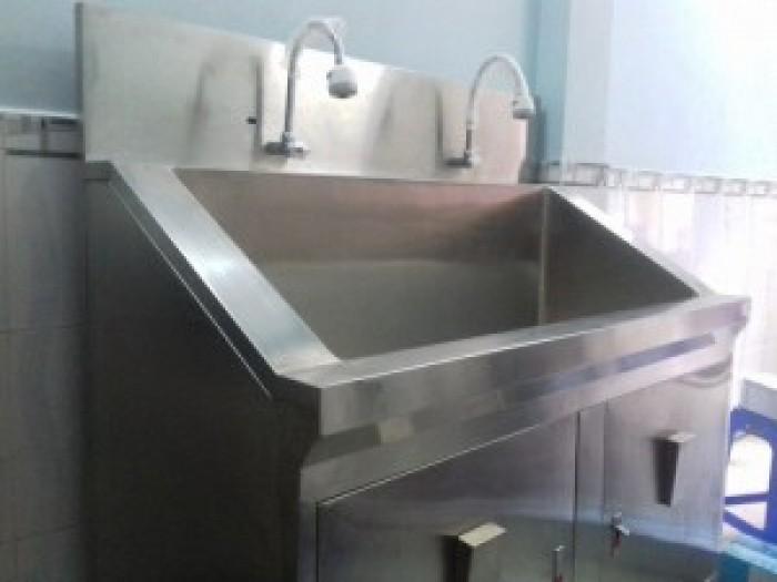 Bồn rửa tay phẫu thuật cho bệnh viện giá cả hợp lý