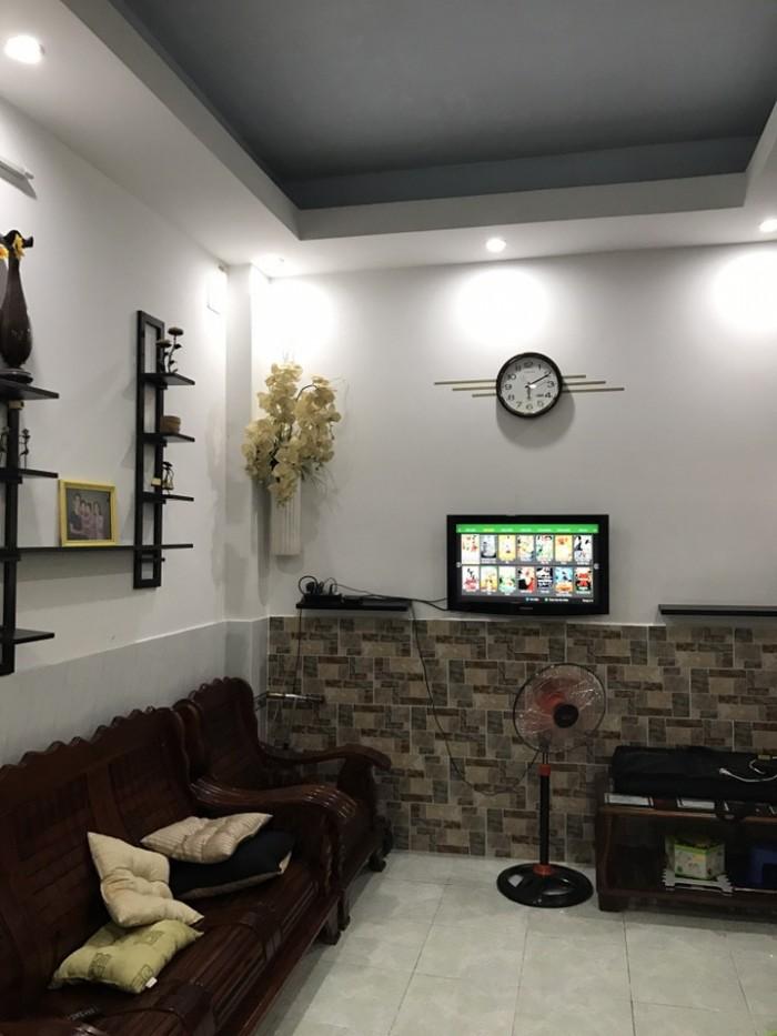 Chính chủ cần bán căn nhà đẹp 3 lầu ,Huỳnh Tấn Phát,Phú Thuận,Quận 7, DT 5x10m.Giá 2,350 tỷ